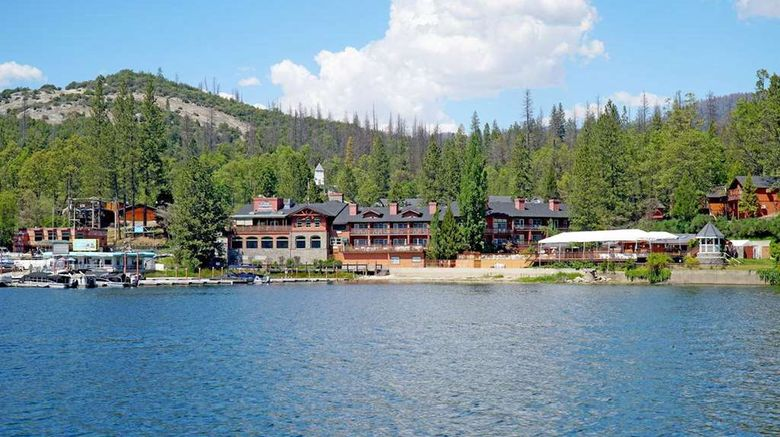 """The Pines Resort Exterior. Images powered by <a href=""""http://web.iceportal.com"""" target=""""_blank"""" rel=""""noopener"""">Ice Portal</a>."""