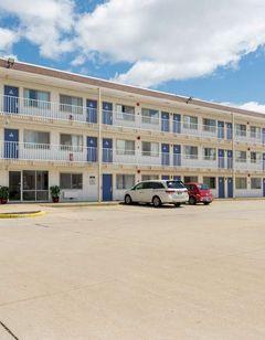 Motel 6, Dayton