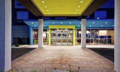 Tru by Hilton Fort Wayne