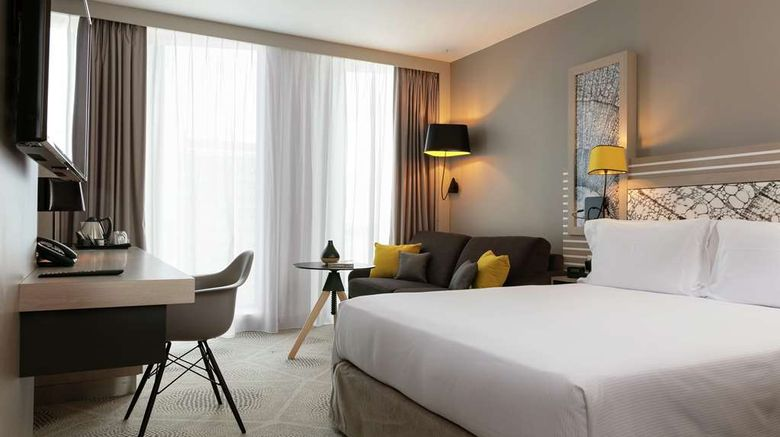 """<b>Hilton Garden Inn Bordeaux Centre Room</b>. Images powered by <a href=""""https://iceportal.shijigroup.com/"""" title=""""IcePortal"""" target=""""_blank"""">IcePortal</a>."""