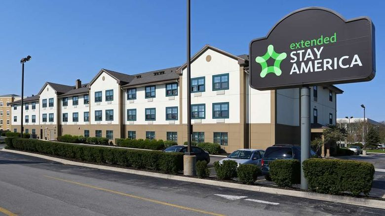 """Extended Stay America Stes Chicago Ohare Exterior. Images powered by <a href=""""http://web.iceportal.com"""" target=""""_blank"""" rel=""""noopener"""">Ice Portal</a>."""