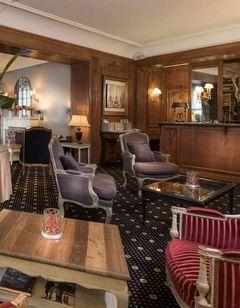 Hotel Claridge Bellman