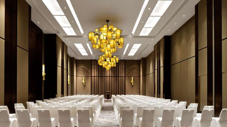 """<b>Radisson Collection, Hormuz Grand Ballroom</b>. Images powered by <a href=""""https://iceportal.shijigroup.com/"""" title=""""IcePortal"""" target=""""_blank"""">IcePortal</a>."""
