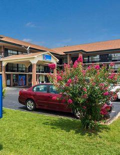 Motel 6 Macon