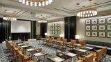 Waldorf Astoria DIFC Meeting
