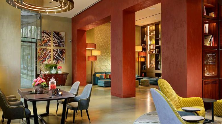 """Enterprise Hotel Milano Lobby. Images powered by <a href=""""http://web.iceportal.com"""" target=""""_blank"""" rel=""""noopener"""">Ice Portal</a>."""