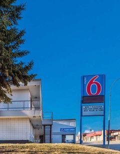 Motel 6 Fort St John BC