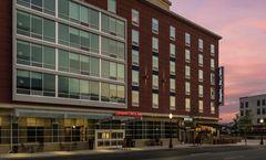 Hampton Inn & Suites Fort Wayne Downtown