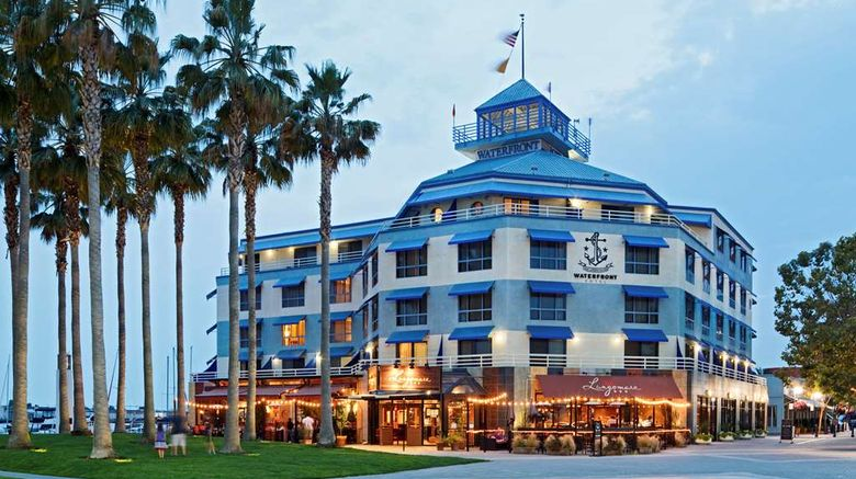 """Waterfront Hotel Exterior. Images powered by <a href=""""http://web.iceportal.com"""" target=""""_blank"""" rel=""""noopener"""">Ice Portal</a>."""