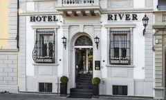 River Hotel & SPA