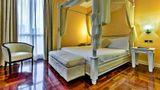 Silver Hotel & Motel Suite