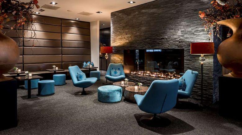 "Van der Valk Hotel Hoorn Lobby. Images powered by <a href=""http://web.iceportal.com"" target=""_blank"" rel=""noopener"">Ice Portal</a>."