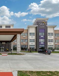 MainStay Suites WaukeeWest Des Moines