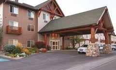 Best Western Plus Riverfront Hotel & Sts