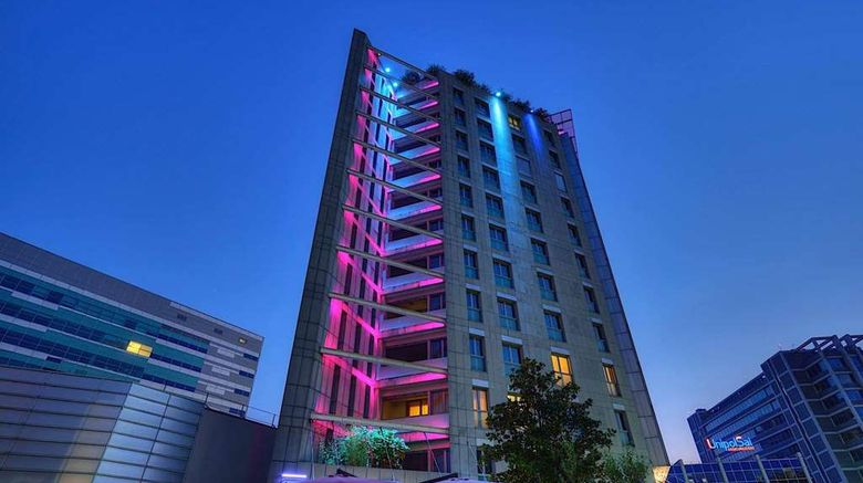 """UNAHOTELS The One Milano Exterior. Images powered by <a href=""""http://web.iceportal.com"""" target=""""_blank"""" rel=""""noopener"""">Ice Portal</a>."""