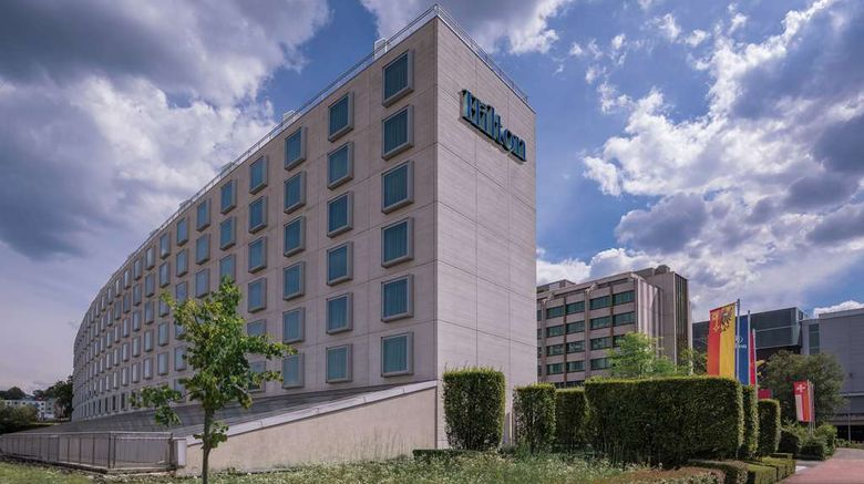 """Hilton Geneva Hotel and Conference Ctr Exterior. Images powered by <a href=""""http://web.iceportal.com"""" target=""""_blank"""" rel=""""noopener"""">Ice Portal</a>."""