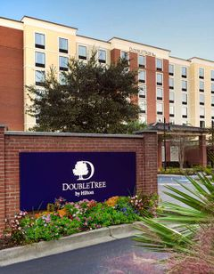 DoubleTree by Hilton Charleston