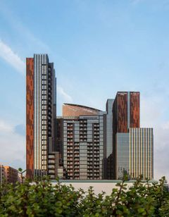 DoubleTree M Square Hotel & Residences