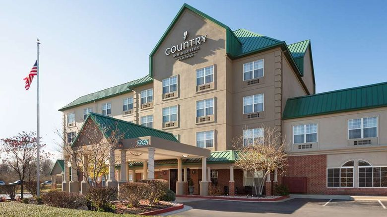 """Country Inn  and  Suites Lexington Exterior. Images powered by <a href=""""http://web.iceportal.com"""" target=""""_blank"""" rel=""""noopener"""">Ice Portal</a>."""