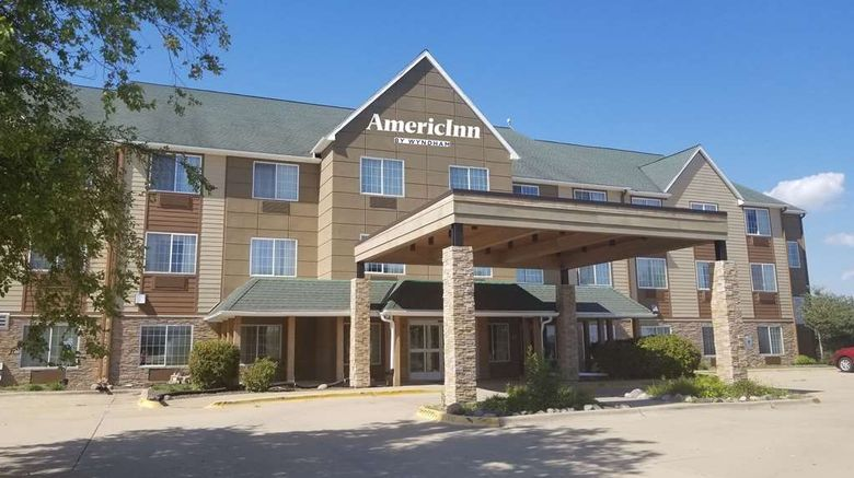 """AmericInn by Wyndham Galesburg Exterior. Images powered by <a href=""""http://web.iceportal.com"""" target=""""_blank"""" rel=""""noopener"""">Ice Portal</a>."""