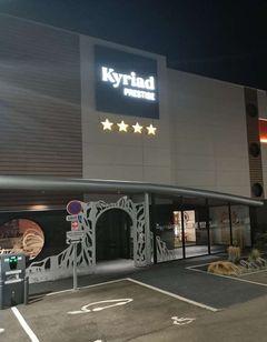 Kyriad Prestige Amiens Poulainville