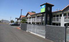 SureStay Hotel by Best Western Williams