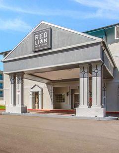 Nashville Inn and Suites