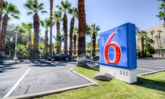 Motel 6 Palm Springs E East Palm Canyon