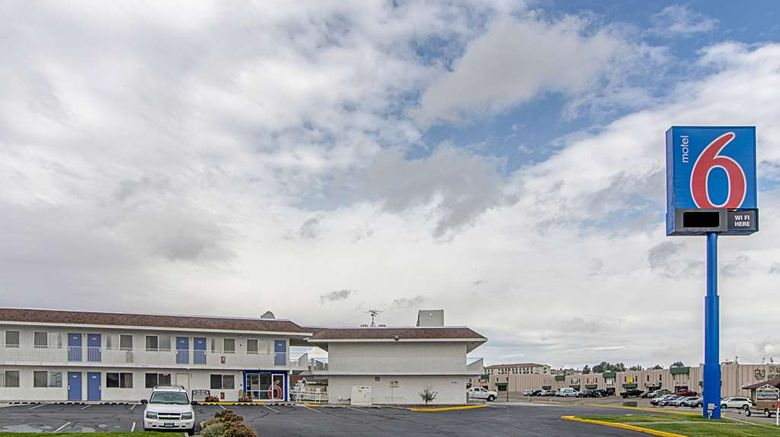 """Motel 6 Rock Springs Exterior. Images powered by <a href=""""http://web.iceportal.com"""" target=""""_blank"""" rel=""""noopener"""">Ice Portal</a>."""