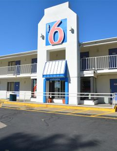 Motel 6 Springfield Chicopee