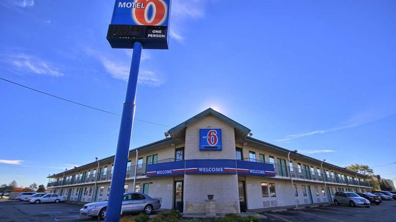 """Motel 6 Detroit Northeast Exterior. Images powered by <a href=""""http://web.iceportal.com"""" target=""""_blank"""" rel=""""noopener"""">Ice Portal</a>."""