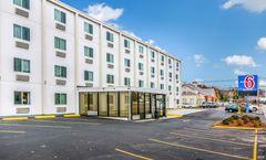 Motel 6 West Framingham