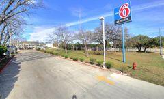 Motel 6 Kerrville