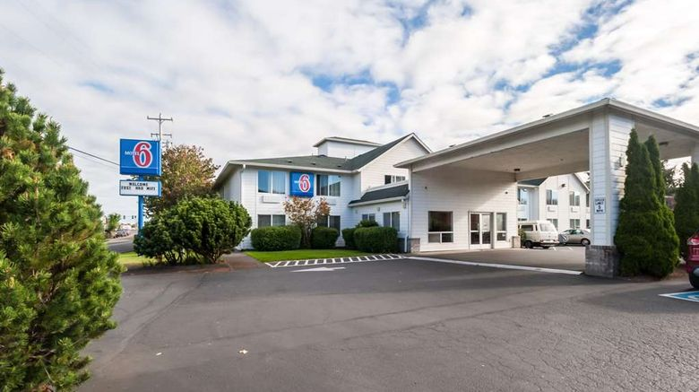 """Motel 6 Seaside Exterior. Images powered by <a href=""""http://web.iceportal.com"""" target=""""_blank"""" rel=""""noopener"""">Ice Portal</a>."""