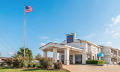 Motel 6 Dallas-De Soto-Lancaster