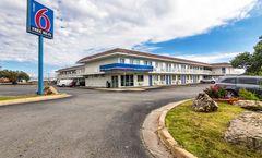 Motel 6 - Ardmore