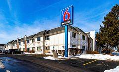 Motel 6 Palatine