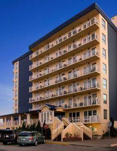 Howard Johnson Plaza Hotel - Oceanfront