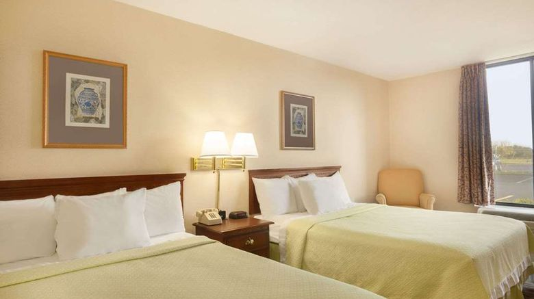 """Days Hotel Buffalo Airport Room. Images powered by <a href=""""http://web.iceportal.com"""" target=""""_blank"""" rel=""""noopener"""">Ice Portal</a>."""