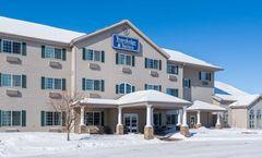 Travelodge and Suites Fargo/Moorhead