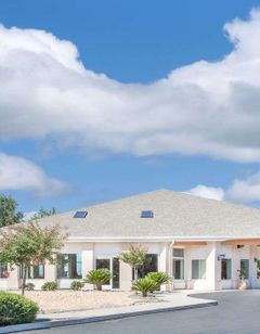 Baymont Inn & Suites Willows