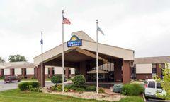 Days Inn & Suites Northwest Indianapolis
