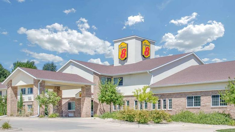 """Super 8 Cedar Falls Exterior. Images powered by <a href=""""http://web.iceportal.com"""" target=""""_blank"""" rel=""""noopener"""">Ice Portal</a>."""