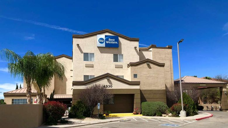 """Best Western Gold Poppy Inn Exterior. Images powered by <a href=""""http://web.iceportal.com"""" target=""""_blank"""" rel=""""noopener"""">Ice Portal</a>."""
