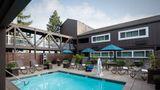 Best Western Plus Inn at the Vines Pool