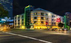 Best Western Plus LA Mid-Town Hotel