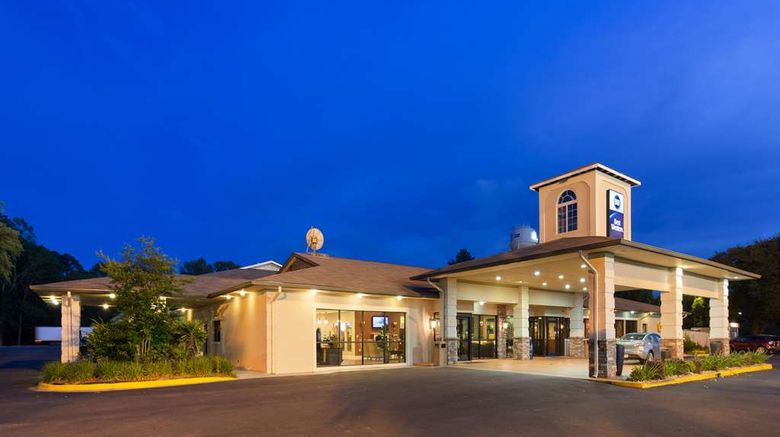 """Best Western Point South Exterior. Images powered by <a href=""""http://web.iceportal.com"""" target=""""_blank"""" rel=""""noopener"""">Ice Portal</a>."""