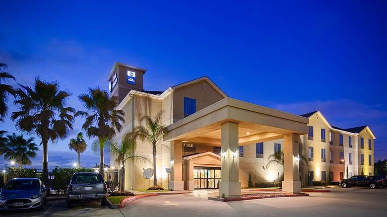 """Best Western Sugarland Inn Exterior. Images powered by <a href=""""http://web.iceportal.com"""" target=""""_blank"""" rel=""""noopener"""">Ice Portal</a>."""