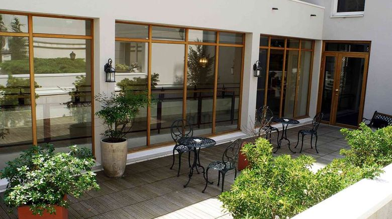 """Amiral Hotel Paris Exterior. Images powered by <a href=""""http://web.iceportal.com"""" target=""""_blank"""" rel=""""noopener"""">Ice Portal</a>."""