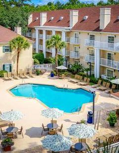 Palmera Inn and Suites